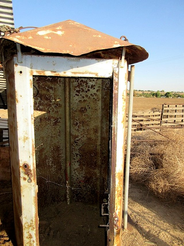 Steel Outhouse _2